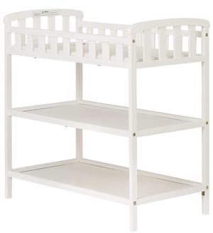 Dream On Me Emily Changing Table for Sale in Brooklyn, NY