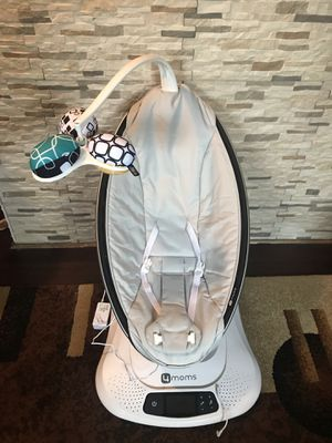 Baby swing / mamaroo for Sale in Columbus, OH