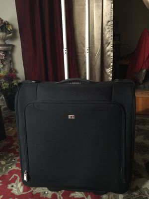 Victorinox Swiss army luggage for Sale in Reading, MA