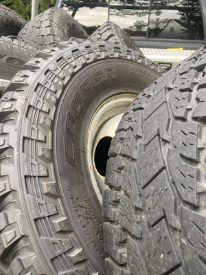 """Dually wheels Chevy dodge and some ford 33"""" x16 for Sale in Richmond, VA"""