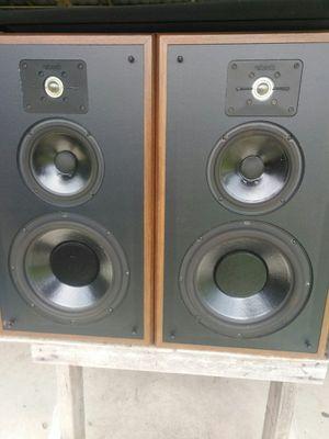 Pair of vintage polk audio speakers for Sale in Savannah, GA