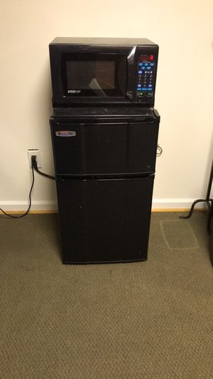 Dorm approved Micro Fridge for Sale in Herndon, VA