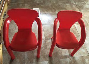2 kids plastic chairs for Sale in Manassas, VA
