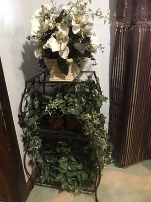 Artificial plants with stand for Sale in Alexandria, VA