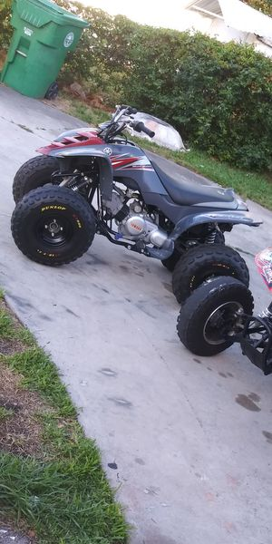 2008 raptor'80cc... New tires, new carburetor,new battery,Runs perfect nothing wrong. Front tire just flat . for Sale in Miami, FL