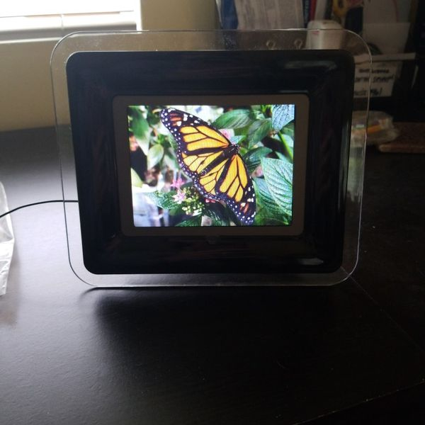 COBY DIGITAL PICTURE/VIDEO ROLL FRAME