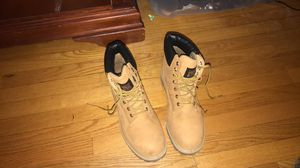 """Timberland 6"""" steel toe work boots for Sale in Glastonbury, CT"""