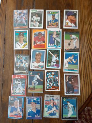 Frank Thomas Pedro Manny Randy they are in here Rookie Cards in Mint condition for Sale in Horseheads, NY