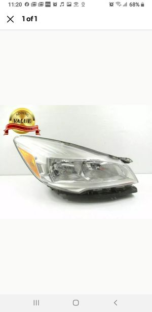 2013 2014 2015 2016 Ford Escape Headlight Passenger Right RH Halogen OEM for Sale in Ceres, CA