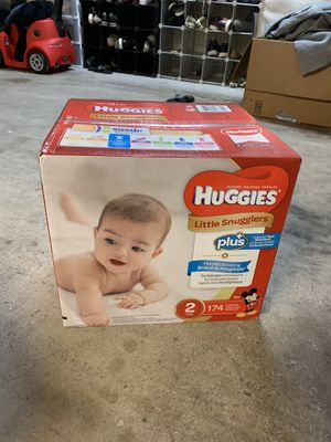 Huggins Size 2 Diapers 174count for Sale in Escondido, CA