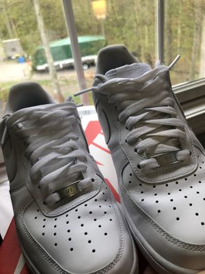 SIZE 8 - Mens Nike Air Force 1 for Sale in Burrillville, RI