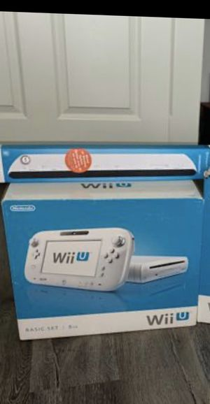 Nintendo Wii U- Excellent Condition!!!! Need Gone Now for Sale in Naperville, IL