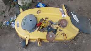 John deer bottom part for lawn tractor for Sale in Palmview, TX