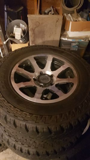 17'' MB WHEELS( practically new); Cooper Discoverer 10 ply tires(also practically new) for Sale in Poteau, OK