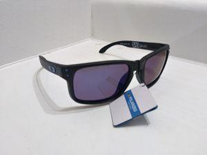 Oakley sunglasses for Sale in Rancho Palo Chino, MX