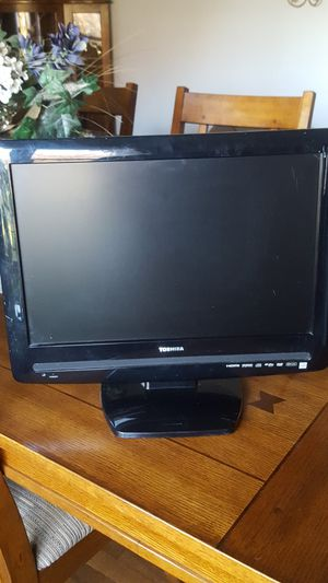 Television/ dvd for Sale in Greenfield, IN