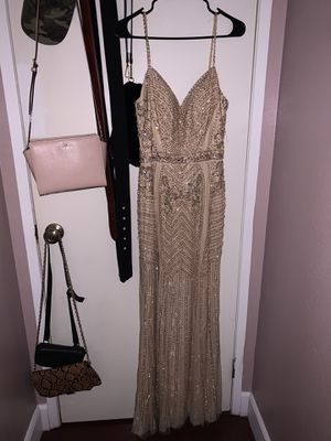 Gold Dress Size Medium for Sale in Fontana, CA