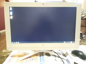 HP all in one PC, Model No. 20-c020 for Sale in Sacramento, CA