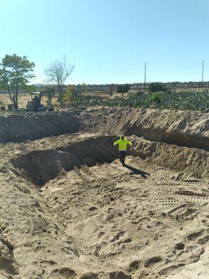 Mini excavator for Sale in DEVORE HGHTS, CA