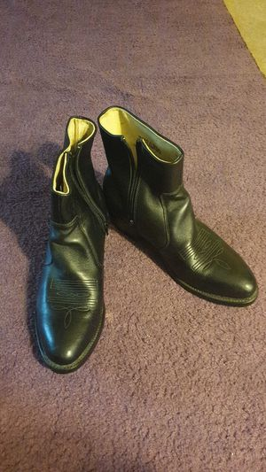 Durango Leather Boots Size 9 for Sale in Philadelphia, PA