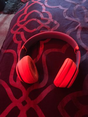 Beats solo 3 no charger and no box only beats for Sale in Harper Woods, MI