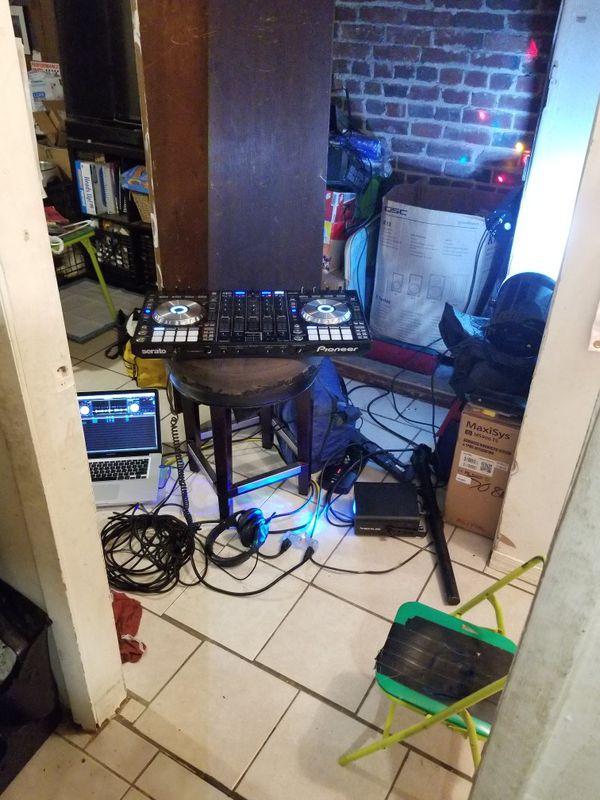 DJ Equipment OBO