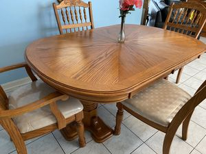 Beautiful Real wood Dinning room set for Sale in Manassas, VA