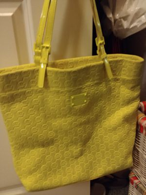 Yellow Michael Kors tote bag! for Sale in Lakewood, CO