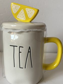 Rae Dunn TEA mug With Lemon Topper for Sale in San Carlos,  CA