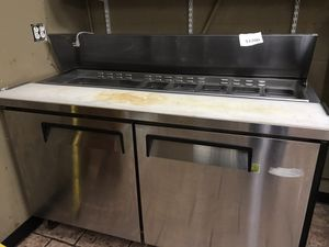 M3 double door salad/sandwich/pizza prep table with pans. for Sale in Owensville, MO
