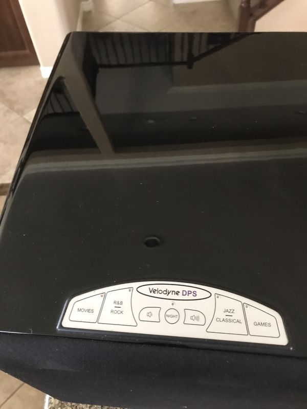 """Velodyne DPS Series 10"""" subwoofer (for parts does not power up)"""