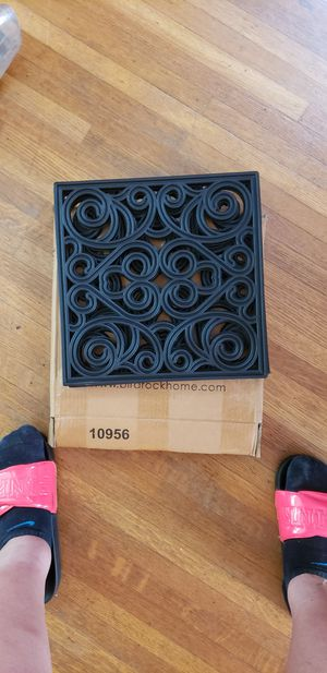 Outdoor rubber stepping tiles set of 3 for Sale in Louisville, KY