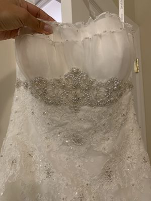 Wedding dress in size 4 from David's Bridal for Sale in Glyndon, MD