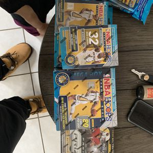 Nba Hoops Premium Nfl Prizm mega blaster hanger cello for Sale in Modesto, CA