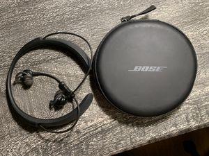 Used Bose QuietControl 30 wireless headphones for Sale in Seattle, WA