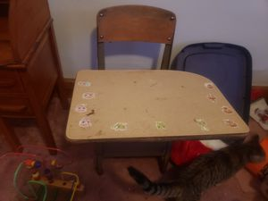Old kids school desk for Sale in Massillon, OH