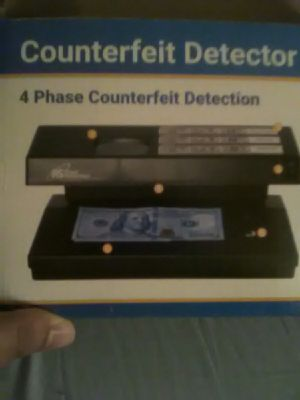 Tablet and Counterfeit detector for Sale in Minot, ND