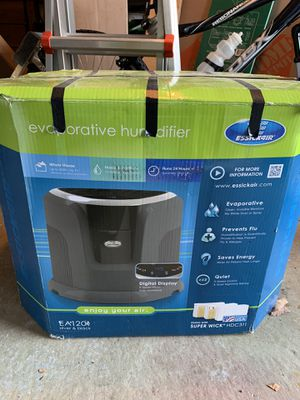 Essickair Evaporative Humidifier in Original Box for Sale in Scituate, RI