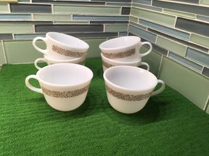 Pyrex cups (8 cups) for Sale in Garden City, MI