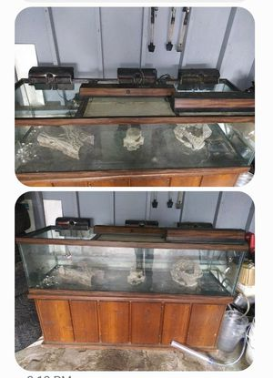 200 gallon fish tank for sale with all accessories in photo for 500.00 dollars interested reach out to me not sold. for Sale in St. Louis, MO