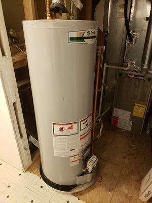 Water heater good condition for Sale in Denver, CO