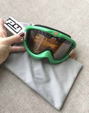 SPY Snow Goggles (SMALL) for Sale in Dana Point, CA
