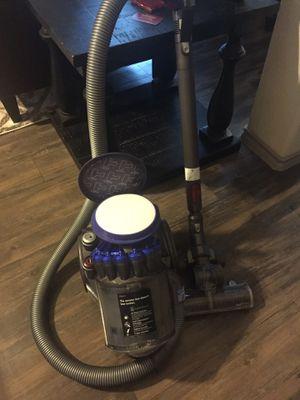 Dyson DC23 Turbinehead canister vacuum for Sale in Arlington, TX