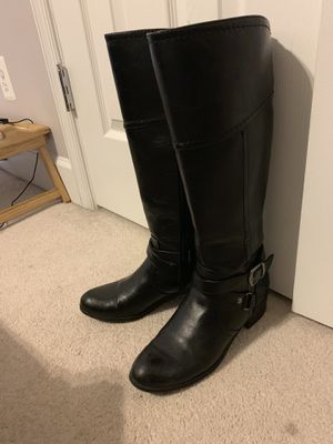 Columbia boots $30.00 size 8 - Jackets size M $25.00 - Large black boots $25.00 Size 8 1/2 for Sale in Leesburg, VA