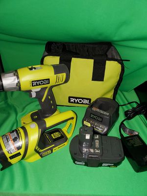 RYOBI 18V CORDLESS DRILL & BATTERY & CHARGER & FLASHLIGHT & BAG SET for Sale in Beaumont, CA