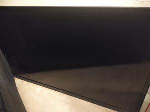 50 inch lg smart TV paid 350 in pawn shop for Sale in Houston, TX