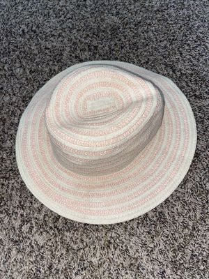 Sun hat for Sale in Plant City, FL