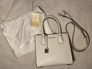 Michael Kors Still in Dust Bag for Sale in Dumfries, VA