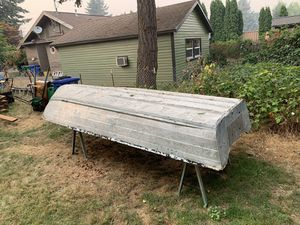 14 foot aluminum boat for Sale in Portland, OR