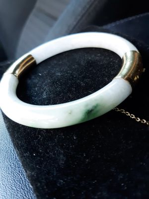 Beautiful 14k Jade Bracelet for Sale in Phoenix, AZ
